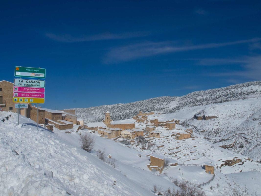 Canada Benatanduz maestrazgo winter trek