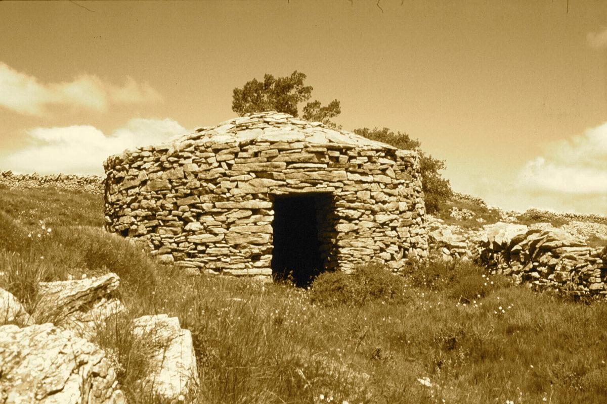 Iglesuela del Cid traditional hut