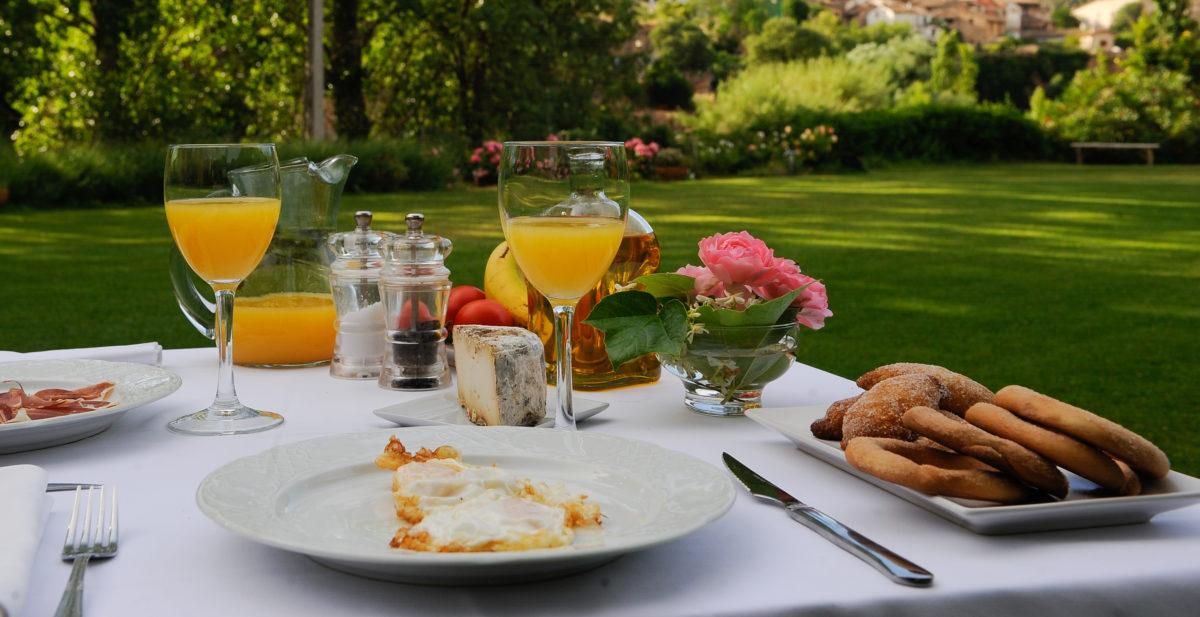Beceite hotel Font del Pas breakfast