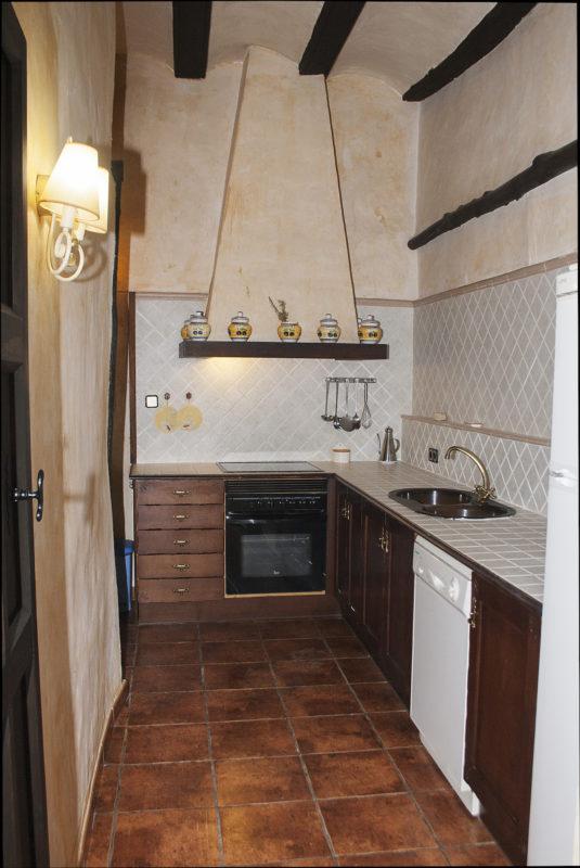 cuevas canart casa rural moliner kitchen
