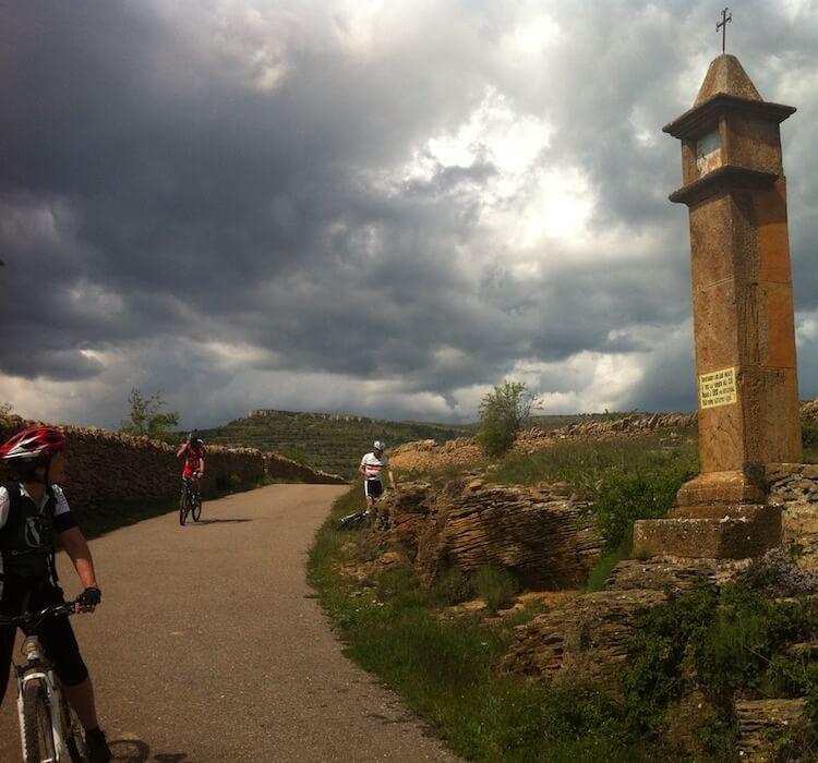 Iglesuela cid cycling